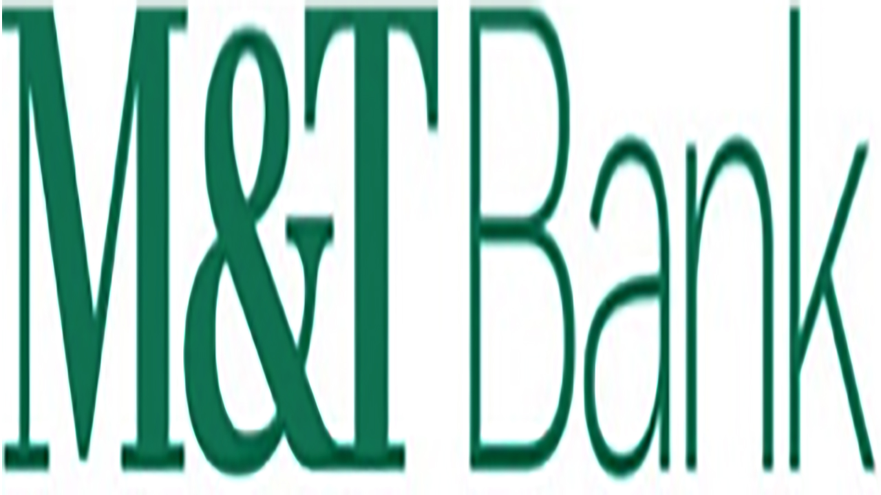 Eight local food pantries receive $21,000 in holiday donations from M&T Bank